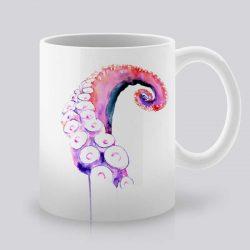 Сутрешната чаша кафе или чай става още по-приятна, с дизайнерската ни керамична чаша с щампа Розов октопод.