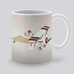 Сутрешната чаша кафе или чай става още по-приятна, с дизайнерската ни керамична чаша с щампа Заек пилот.