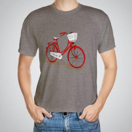 Мъжка тениска Червено колело e изработена от висококачествен памук с ярки цветове и прецизен детайл – сякаш някой е рисувал с четка и бои върху плата.