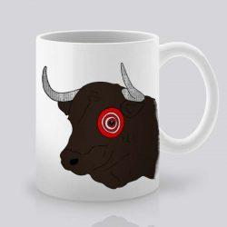 Сутрешната чаша кафе или чай става още по-приятна, с дизайнерската ни керамична чаша с щампа Бик.