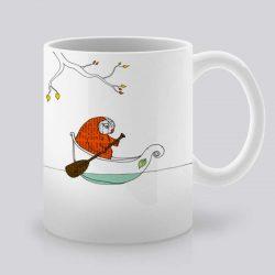 Сутрешната чаша кафе или чай става още по-приятна, с дизайнерската ни керамична чаша с щампа Бухал и лодка.