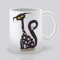 Сутрешната чаша кафе или чай става още по-приятна, с дизайнерската ни керамична чаша с щампа Черна котка.