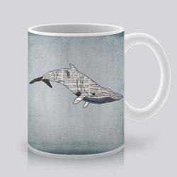 Сутрешната чаша кафе или чай става още по-приятна, с дизайнерската ни керамична чаша с щампа Голям кит.