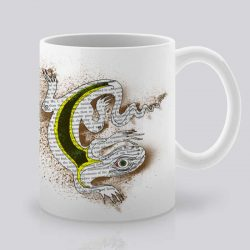 Сутрешната чаша кафе или чай става още по-приятна, с дизайнерската ни керамична чаша с щампа Гущер.