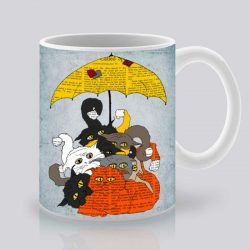 Сутрешната чаша кафе или чай става още по-приятна, с дизайнерската ни керамична чаша с щампа Котките.