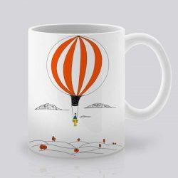 Сутрешната чаша кафе или чай става още по-приятна, с дизайнерската ни керамична чаша с щампа Летящ балон.