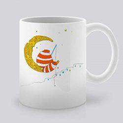 Качествена керамична чаша, с щампа Лунна светлина, устойчива на високи температури. Може да се използва в микровълнови фурни и съдомиялни машини. Арт студио Artollo.bg предлага богата гама от дизайнерски продукти на супер цена!