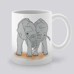 Сутрешната чаша кафе или чай става още по-приятна, с дизайнерската ни керамична чаша с щампа Любов.