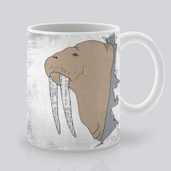 Сутрешната чаша кафе или чай става още по-приятна, с дизайнерската ни керамична чаша с щампа Морж.