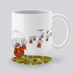 Сутрешната чаша кафе или чай става още по-приятна, с дизайнерската ни керамична чаша с щампа Парашутисти.