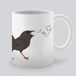 Сутрешната чаша кафе или чай става още по-приятна, с дизайнерската ни керамична чаша с щампа Песен.