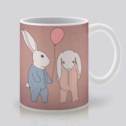 Сутрешната чаша кафе или чай става още по-приятна, с дизайнерската ни керамична чаша с щампа Пижама парти.