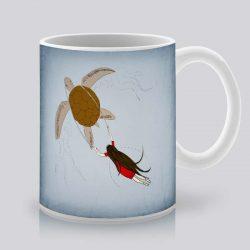 Сутрешната чаша кафе или чай става още по-приятна, с дизайнерската ни керамична чаша с щампа Разходка под водата.