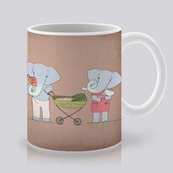 Сутрешната чаша кафе или чай става още по-приятна, с дизайнерската ни керамична чаша с щампа Семейство.