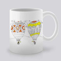 Сутрешната чаша кафе или чай става още по-приятна, с дизайнерската ни керамична чаша с щампа Шарени балони.
