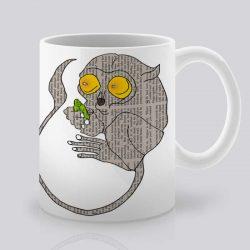 Сутрешната чаша кафе или чай става още по-приятна, с дизайнерската ни керамична чаша с щампа Сладка мишка.