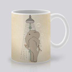 Сутрешната чаша кафе или чай става още по-приятна, с дизайнерската ни керамична чаша с щампа Сутрешен душ.