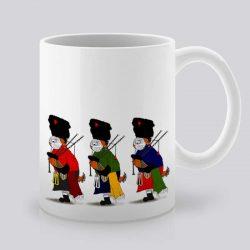 Сутрешната чаша кафе или чай става още по-приятна, с дизайнерската ни керамична чаша с щампа Церемония.