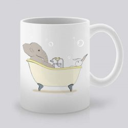 Сутрешната чаша кафе или чай става още по-приятна, с дизайнерската ни керамична чаша с щампа Вана с мехурчета.