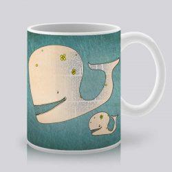 Сутрешната чаша кафе или чай става още по-приятна, с дизайнерската ни керамична чаша с щампа Весели китове.