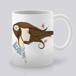 Сутрешната чаша кафе или чай става още по-приятна, с дизайнерската ни керамична чаша с щампа Вятър в косите.