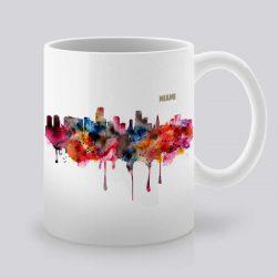 Сутрешната чаша кафе или чай става още по-приятна, с дизайнерската ни керамична чаша с щампа Гледка от Маями.