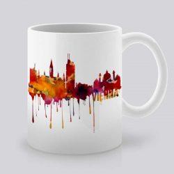 Сутрешната чаша кафе или чай става още по-приятна, с дизайнерската ни керамична чаша с щампа Гледка от Виена.