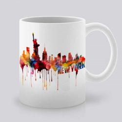 Сутрешната чаша кафе или чай става още по-приятна, с дизайнерската ни керамична чаша с щампа Статуята на Свободата.
