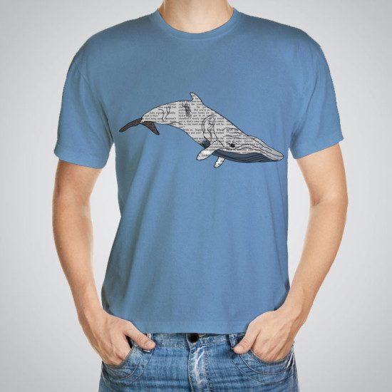 Мъжка тениска Голям кит e изработена от висококачествен памук с ярки цветове и прецизен детайл – сякаш някой е рисувал с четка и бои върху плата.