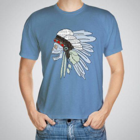 Мъжка тениска Индианец e изработена от висококачествен памук с ярки цветове и прецизен детайл – сякаш някой е рисувал с четка и бои върху плата.
