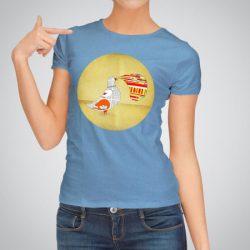 Дамска тениска с щампа Гълъб е изработена от висококачествен памук и последно поколение технология за печат. Цветовете са ярки и наситени, сякаш някой е рисувал върху тениската.