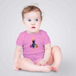 Искате бебето ви да се чувства удобно и щастливо по всяко време? Нашето уникално арт бебешко боди, с щампа Красива балерина, ще му даде комфорта, който заслужава.