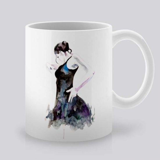 Сутрешната чаша кафе или чай става още по-приятна, с дизайнерската ни керамична чаша с щампа Фламенко Танцьорка.