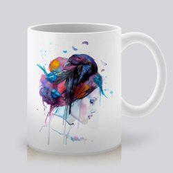Сутрешната чаша кафе или чай става още по-приятна, с дизайнерската ни керамична чаша с щампа Гейша.