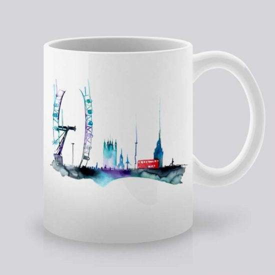 Сутрешната чаша кафе или чай става още по-приятна, с дизайнерската ни керамична чаша с щампа Лондон.