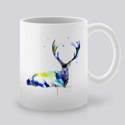 Сутрешната чаша кафе или чай става още по-приятна, с дизайнерската ни керамична чаша с щампа Почиващ Елен.