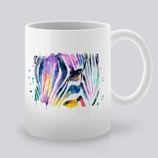 Сутрешната чаша кафе или чай става още по-приятна, с дизайнерската ни керамична чаша с щампа Шарена Зебра.