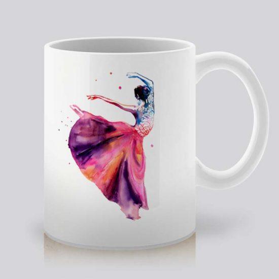 Сутрешната чаша кафе или чай става още по-приятна, с дизайнерската ни керамична чаша с щампа Балет.