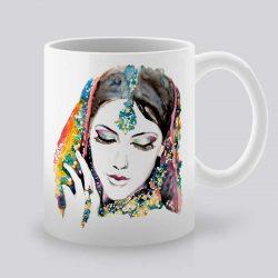 Сутрешната чаша кафе или чай става още по-приятна, с дизайнерската ни керамична чаша с щампа Азиатка.