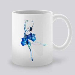 Сутрешната чаша кафе или чай става още по-приятна, с дизайнерската ни керамична чаша с щампа Балетна Стъпка.