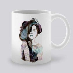 Сутрешната чаша кафе или чай става още по-приятна, с дизайнерската ни керамична чаша с щампа Страст.