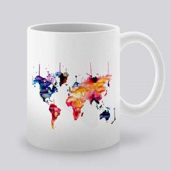 Сутрешната чаша кафе или чай става още по-приятна, с дизайнерската ни керамична чаша с щампа Световна карта.