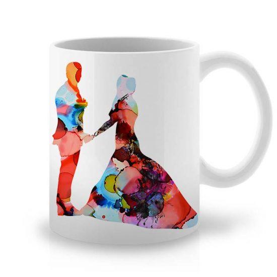 Сутрешната чаша кафе или чай става още по-приятна, с дизайнерската ни керамична чаша с щампа Покана за Танц.