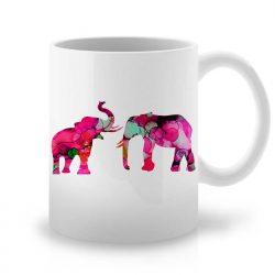 Сутрешната чаша кафе или чай става още по-приятна, с дизайнерската ни керамична чаша с щампа Семейство Мамути.