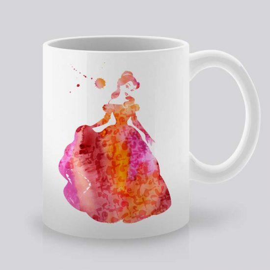 Сутрешната чаша кафе или чай става още по-приятна, с дизайнерската ни керамична чаша с щампа Красавицата и Звяра.