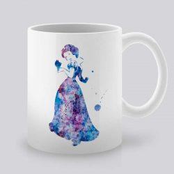 Сутрешната чаша кафе или чай става още по-приятна, с дизайнерската ни керамична чаша с щампа Снежанка.