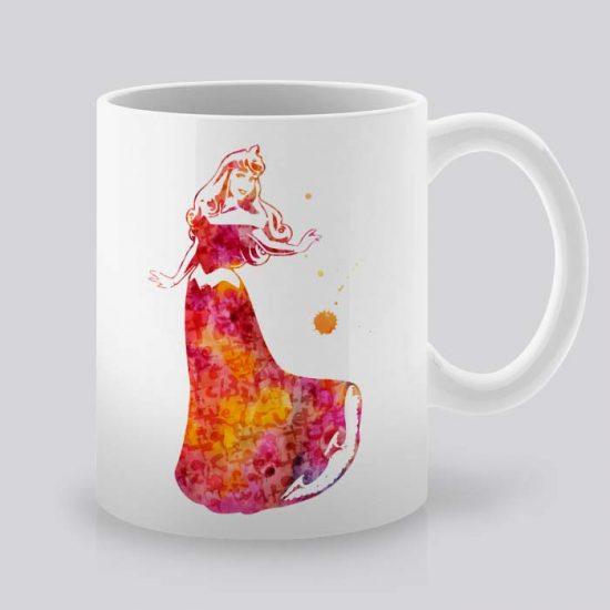 Сутрешната чаша кафе или чай става още по-приятна, с дизайнерската ни керамична чаша с щампа Спящата красавица.
