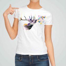 Дамска тениска Еленов Дъх е изработена от висококачествен памук и последно поколение технология на печат. Ярки цветове и прецизен детайл – сякаш някой е рисувал с четка и бои върху плата.