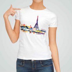 Дамска тениска Париж е изработена от висококачествен памук и последно поколение технология на печат. Ярки цветове и прецизен детайл – сякаш някой е рисувал с четка и бои върху плата.