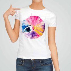 Дамска тениска Прелестна Балерина е изработена от висококачествен памук и последно поколение технология на печат. Ярки цветове и прецизен детайл – сякаш някой е рисувал с четка и бои върху плата.